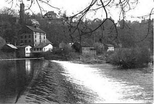 Lahnwehr, Kirchhofsmühle und Auberge, April 1999