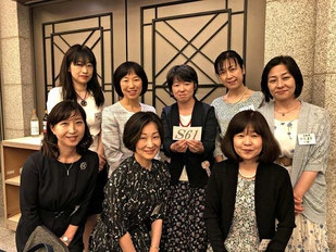 《S61》年に1度の再会を楽しみにしています。椿山荘でもすてきな同窓会になると期待しています。役員の皆さんに感謝♡