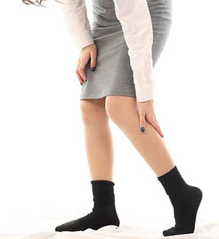 足痛の女性