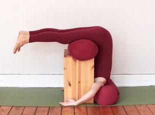 Yoga Halasana Bench / Halasana Box - yogawood Iyengar Yoga