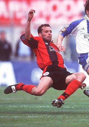 Weber sous le maillot de l'Eintracht face au Hansa Rostock.