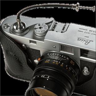 Leica M2 mit Drahtauslöser, Foto: Dr. Klaus Schörner