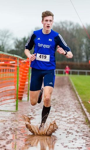 Jan-David Ridder holt sich den Kreistitel der U18 über 3,7 km in 13:04 Minuten. (Foto: Jan-Hendrik Ridder)