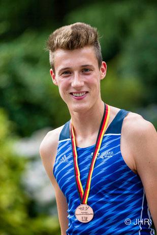 Jan-David Ridder läuft ein taktisch geschicktes und mutiges Rennen und wird dafür mit Bronze belohnt. (Foto: Jan-Hendrik Ridder)