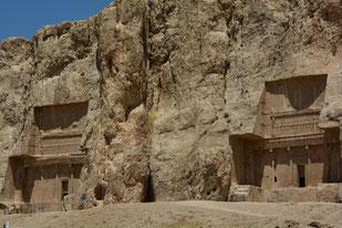 Königsgräber von Xerxes und Darius