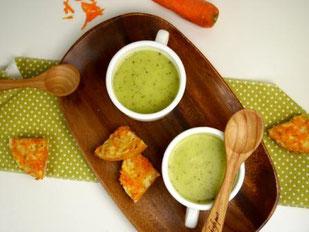 Zucchini-Cremesuppe / Karottencrostinis