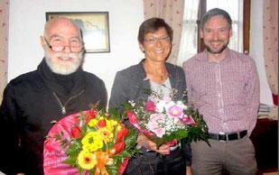 Bernhard Straßer (r.) ehrte Horst Dieter Steiner und Elisabeth Bartsch
