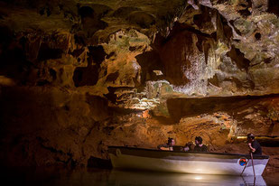 grutas-vall-uxo.jpg