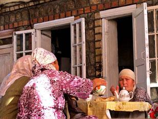 Marktfrauen beim Nachmittags-Kaffee