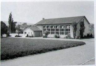 die neue Turnhalle, erbaut 1953