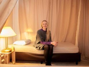 Irina Ivachkovet in ihrem Mittagspausen-Schlafstudios «Nickerchen». Foto: Felix Zahn
