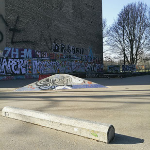 Neukölln: Lohmühlenbrücke at the Maybachufer