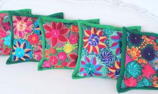 Hippie-Kissen mit Stickerei aus Mexiko, Mexikanische Boho / Ethno-Kissen