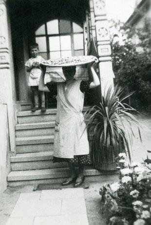 Archiv Horst Schneider und Tochter Cornelia Pissarek