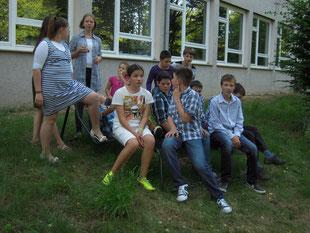 Schüler der TEC-Akademy am 03.07.14 auf den Relaxliegen