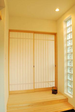 玄関木製建具 檜と欅