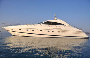 Yacht charter Princess 65 with & without skipper