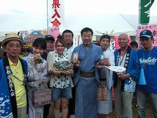平成25年鴨川納涼(8月3日・4日)京都府知事夫妻も駆けつけて大盛況御礼!