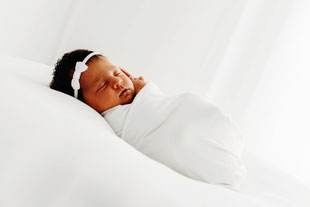 Baby Fotografie, Neugeborenenaufnahme, Newbornshooting