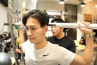 スミスマシン|京都のパーソナルトレーニング「ファーストクラストレーナーズ」
