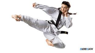 Karate Friedrichshafen lernen bei der Sportschule Sidekick
