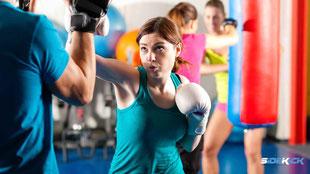 Jugendliche bei Kickboxen in Markdorf