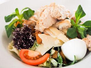 Rindfleisch- und Entenbrustsalate, Herkert Catering