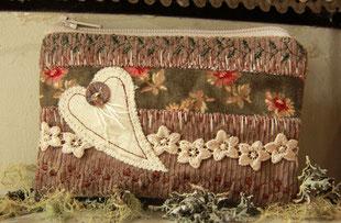 Madame Marie, Aus meinem Atelier, Mäppchen, beige-olive, mit Herz