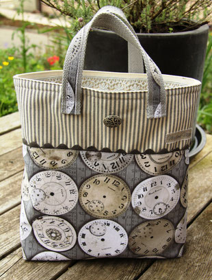 Madame Marie, Aus meinem Atelier, Taschen, nostalgische Uhrentasche