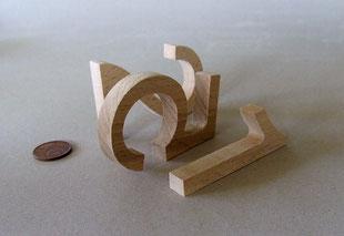 Buchstaben gefräßt in Buche