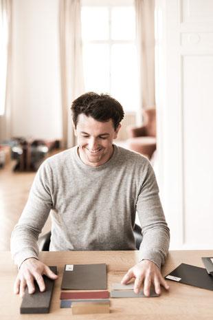 Benjamin Pistorius, Designer, Berlin, Möbel Berlin, Interiordesign Berlin, Tische Berlin, Eichentisch, Valchromat, Möbelgestaltung