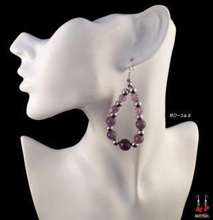 Boucles d'oreilles pendantes créoles perles argentées et pourpres