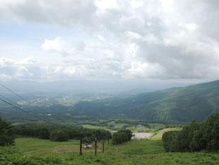まだ1100mくらいだったかと思いますがゲレンデからの眺めは最高~!