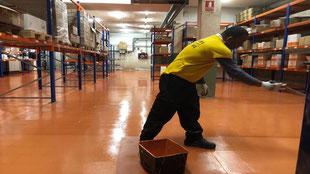 Suelos y pavimentos industriales para la logística y transporte de resinas continuos en Barcelona