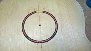 Erster Rosetten Ring eingelegt