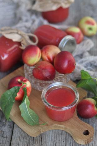 Nektarinen- und marmelade
