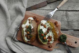 Ofenkartoffel mit Kichererbsen