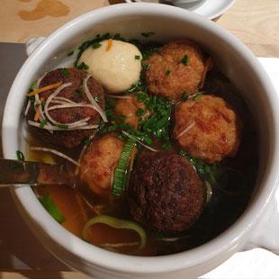 Suppentopf mit Knödel in der Stiegl Brauwelt