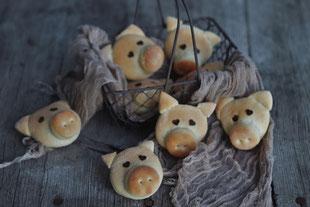Germteigglücksschweinchen