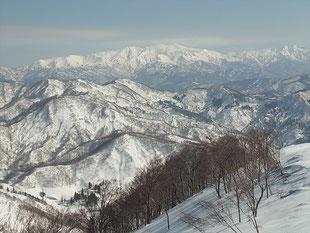 稜線から白山