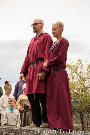 Mittelalter Gewandung für Wikinger, Kelten, maßgefertigt im Gewandatelier Mittelalter - Fashion.