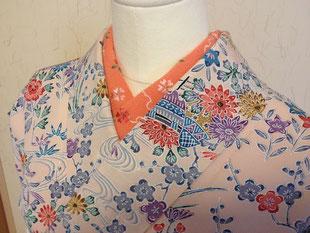 色付きの刺繍衿