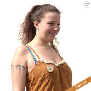 médaillon linogravure collection bijoux broche bois nature fourmi