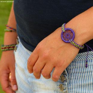 kp Kitsch-paradise artisans créateurs artiste artist créateurfrancais artisanat art bretagne  bijoux macramé micromacramé tissage weaving weavingart bracelet attrape-rêve dreamcatcher violet