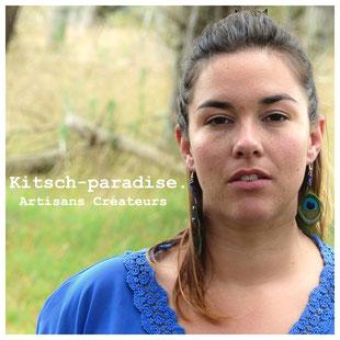 kitsch-paradise artisans créateurs  boucle d'oreille macramé création tissage micromacramé couleur plume perruche ile-et-vilaine cote darmor volaille plumasserie bretagne