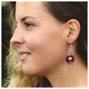 kitsch-paradise artisans  créateurs boucle d'oreille macramé création tissage micromacramé couleur nature art campagne noyaux cerise bretagne fruit
