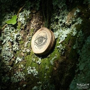 #Kitsch #paradise #artisan #créateur #macramé #bijoux #art #broche #nature #linogravure