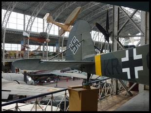 (B) Brüssel. Musée royal de l'armée et de l'histoire militaire 11.04.2015