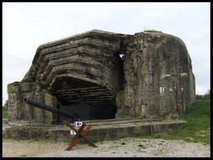 (F) Crisbecq. Marineküstenbatterie 20.03.2008