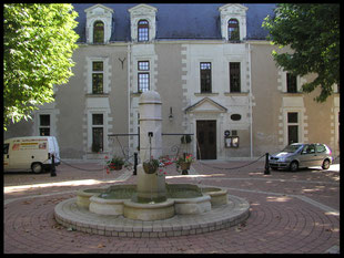 (F) Chissay en Touraine. Hôtel Château de la Menaudière 23.08.2005
